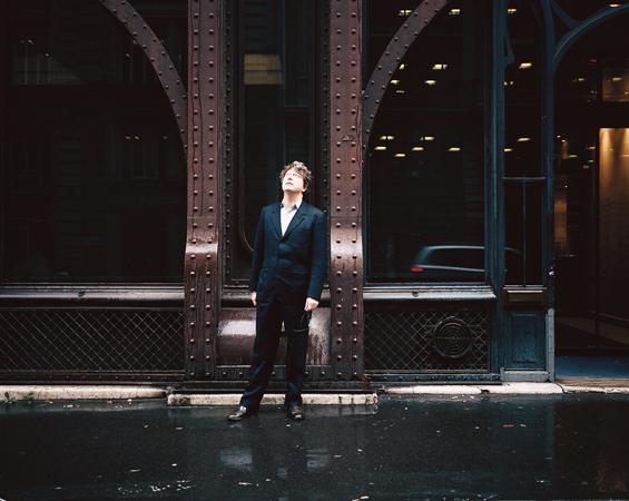 http://julienmagre.fr/files/gimgs/36_henri-seydoux-def.jpg